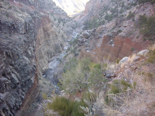 Maar deposits         below Upper Falls, Frijoles Canyon